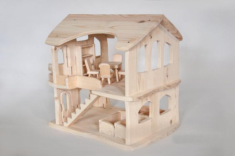 либо картинки кукольных деревянных домиков хорошо