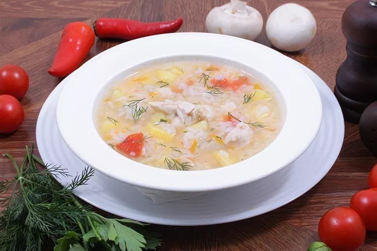 Суп из риса и мяса