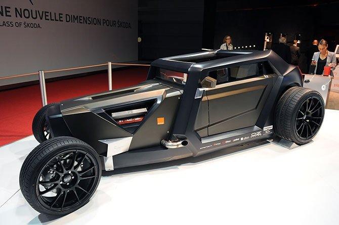 Sbarro Eight Concept – настоящая футуристика, автомобиль, двигатель которого обещает 360 л.с., просто переполнен современными хай-тек новинками.