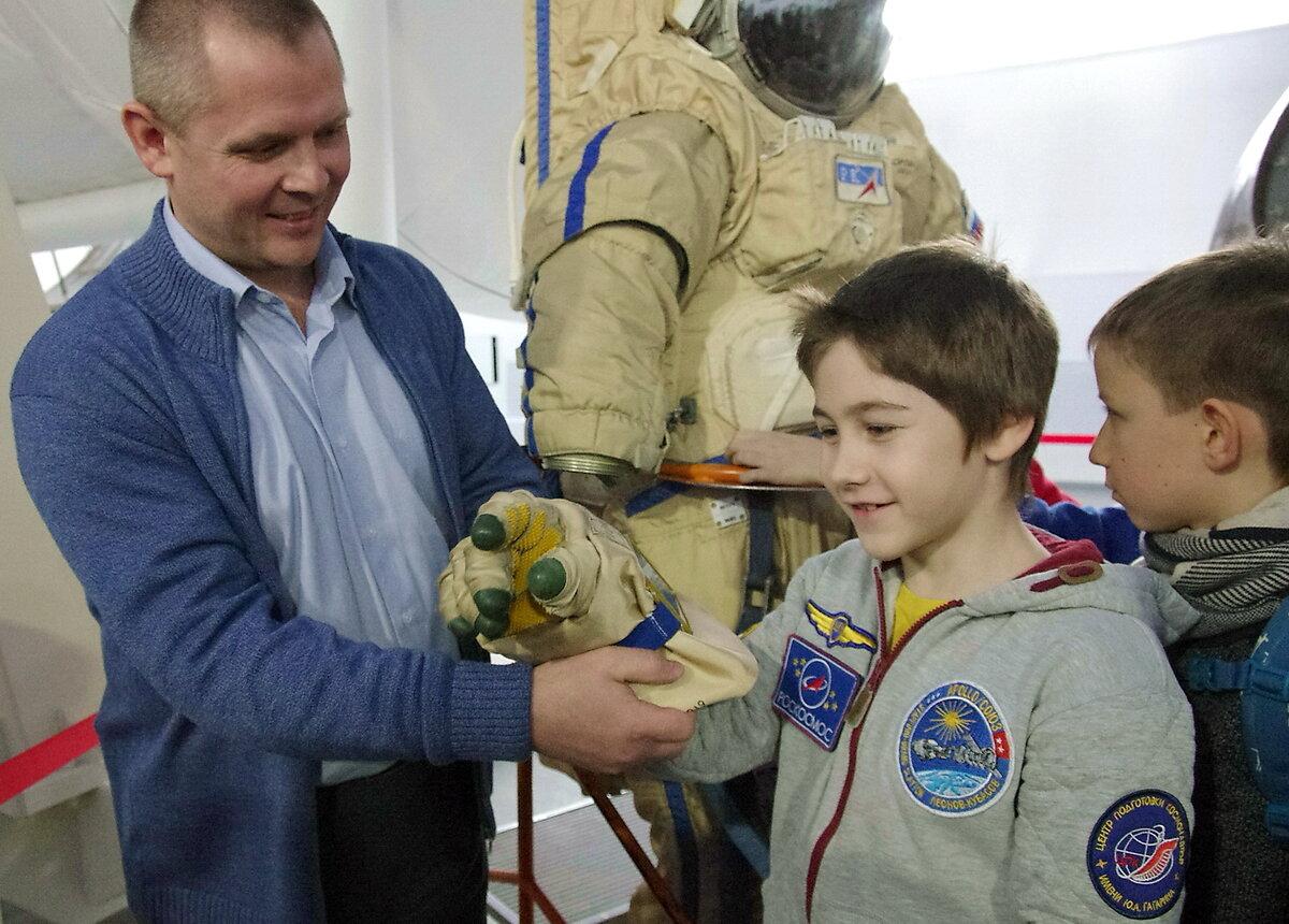 Посвященный в космонавты фото