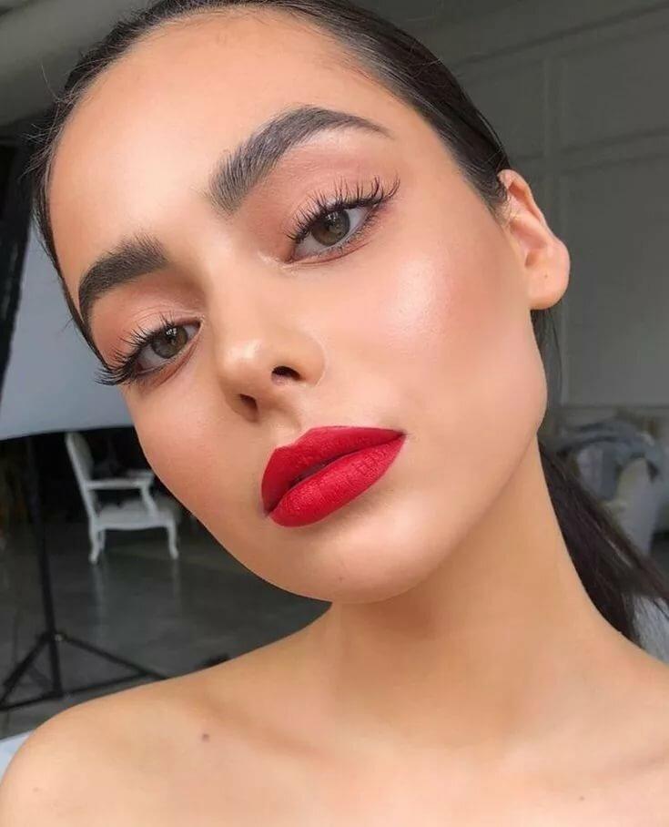Lipstick facial, uniformed porn pics