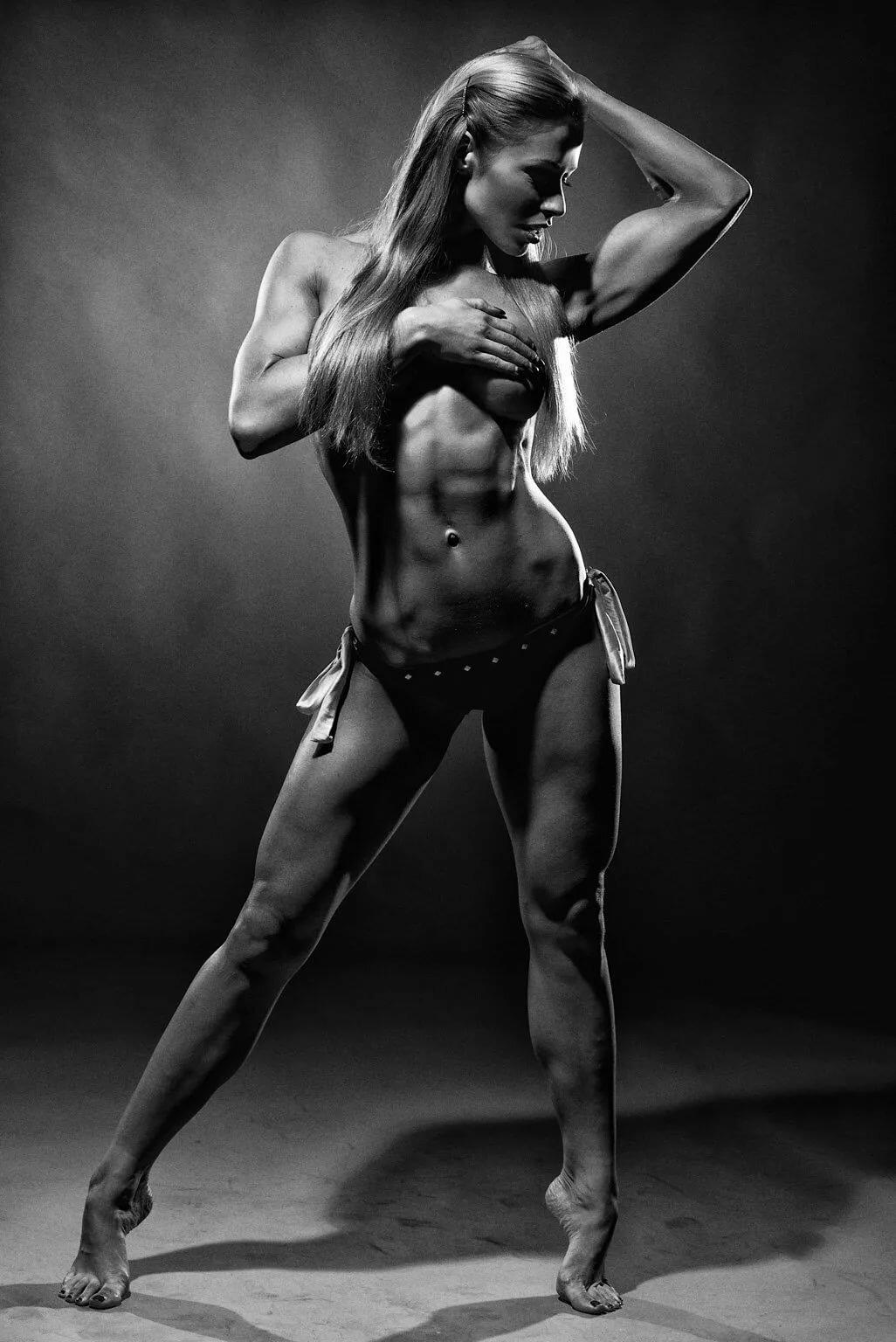 Nude Muscle Worship