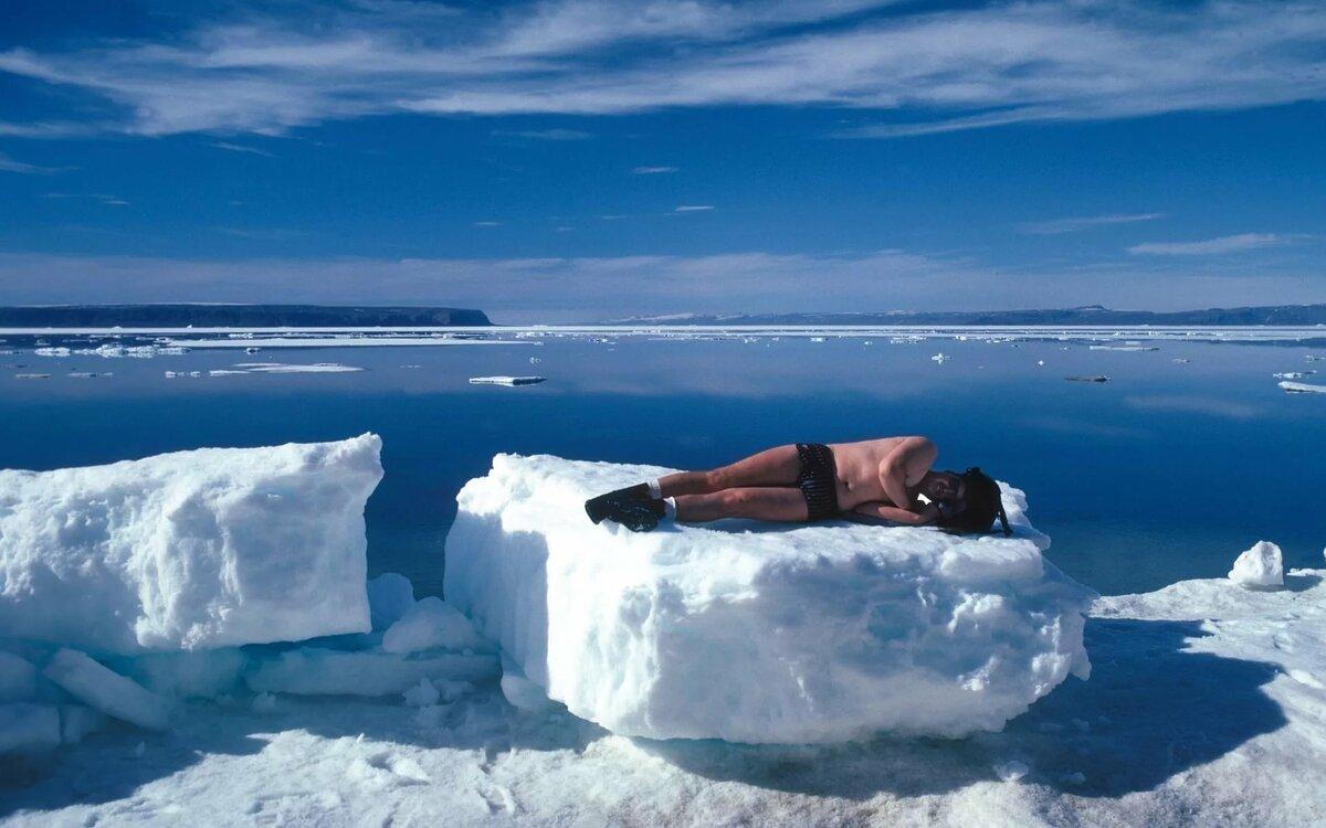 картинки человек на льдине берцы недорого