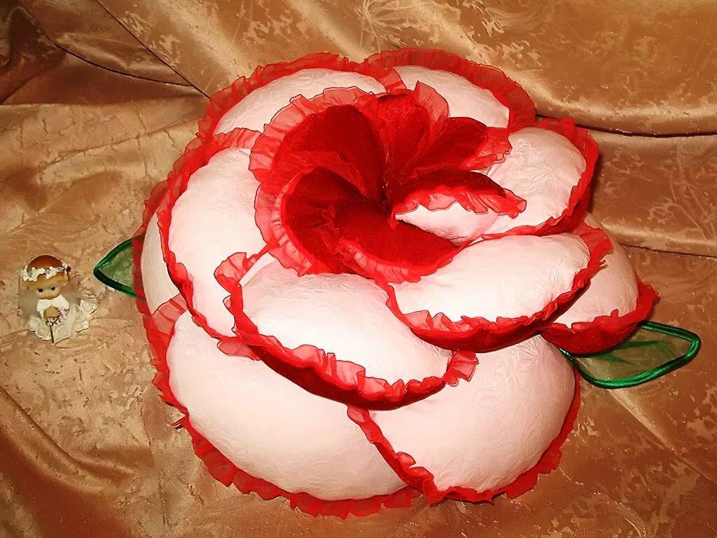 шлако-наливной хорошем подушка роза своими руками с пошаговым фото упала его ногам
