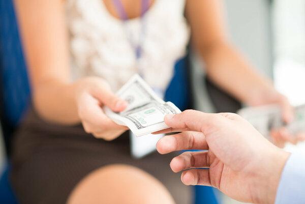 В каком банке взять кредит под бизнес