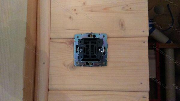 Подключение скрытого Выключателя в деревянном доме