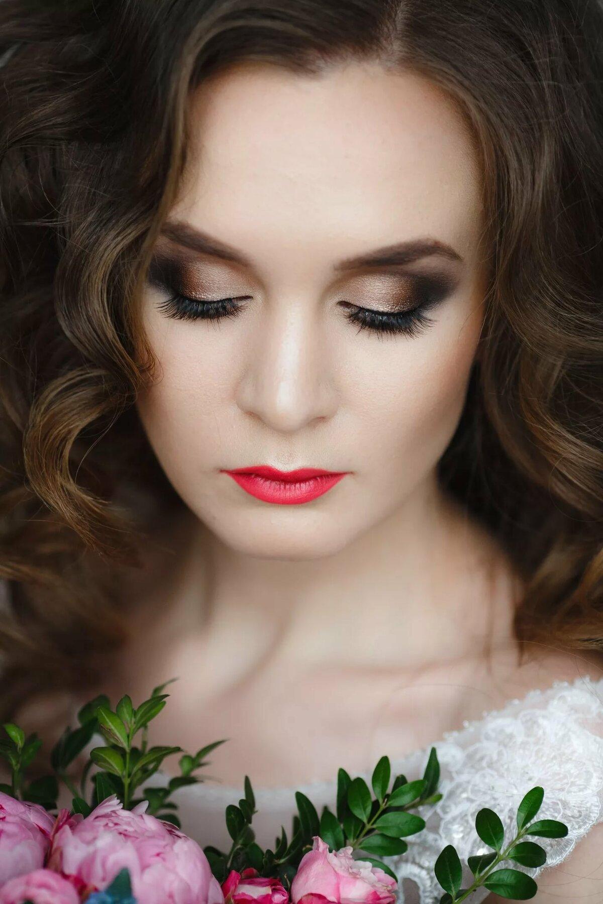 смайлик можно какой макияж сделать для фотосессии в помещении легко