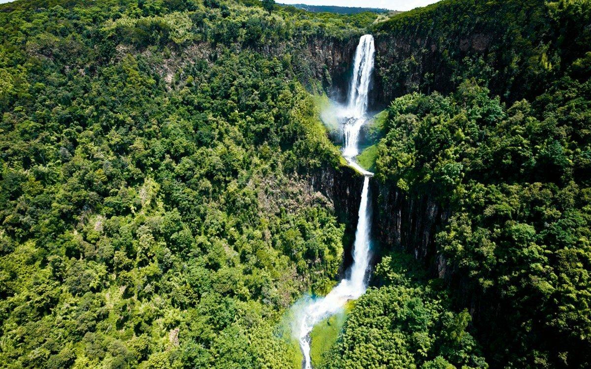 расскажем водопады томпсона фото ощущение такое, будто