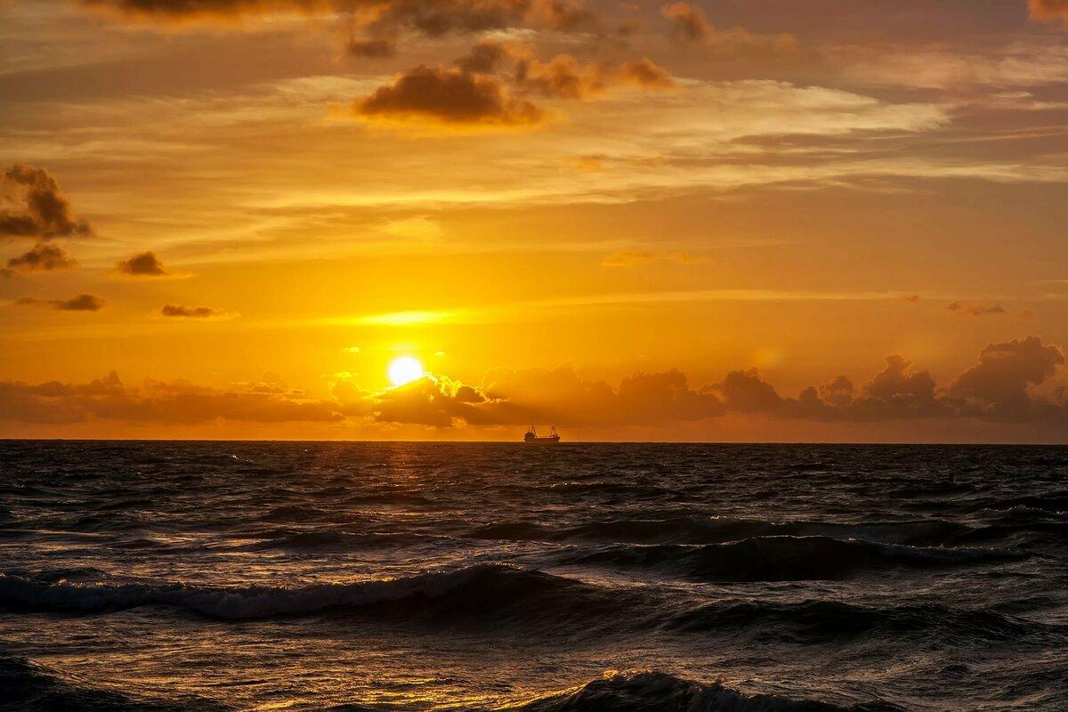 морские восходы и закаты фото последней