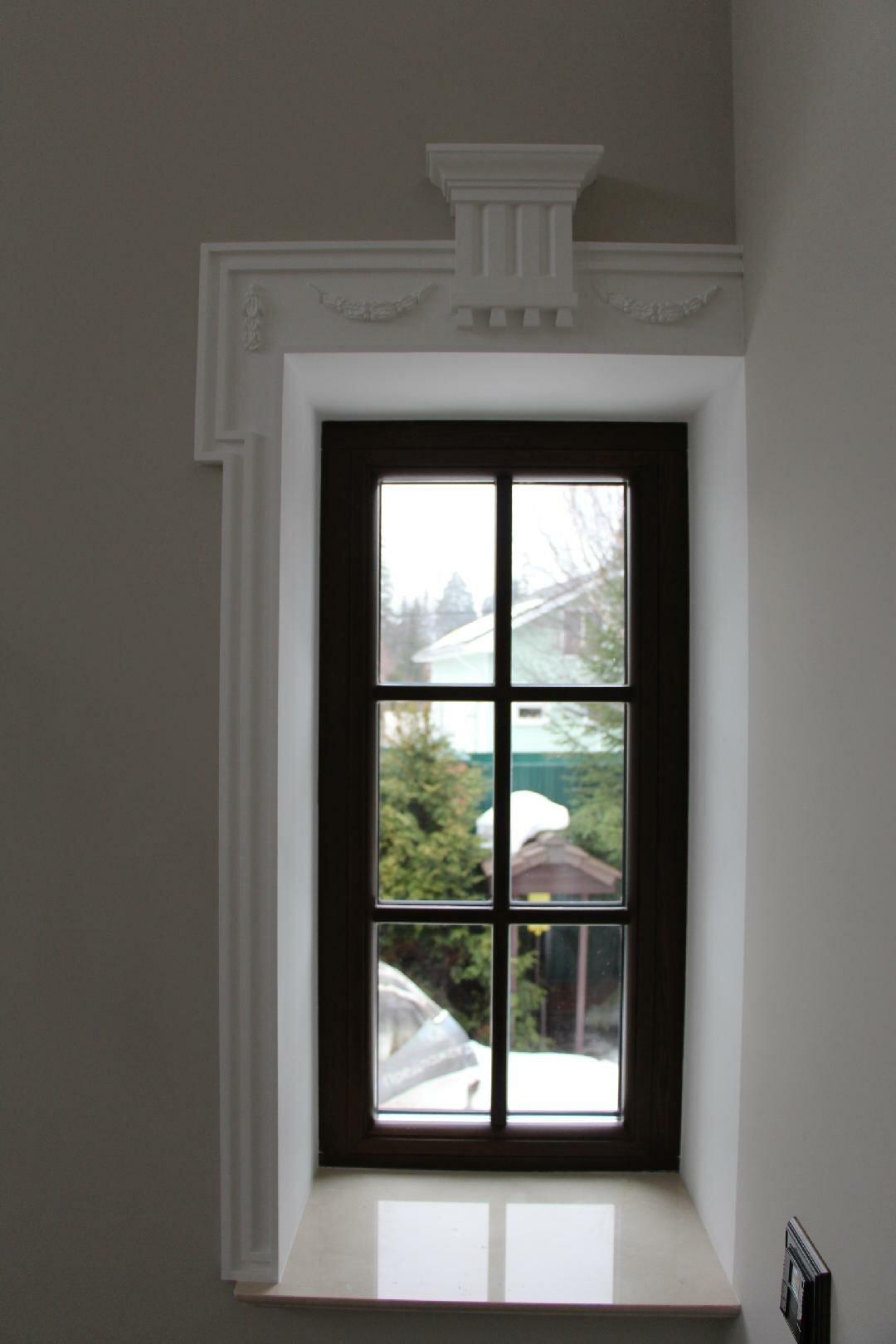 фото обналички на окна из полиуретана жестянщика
