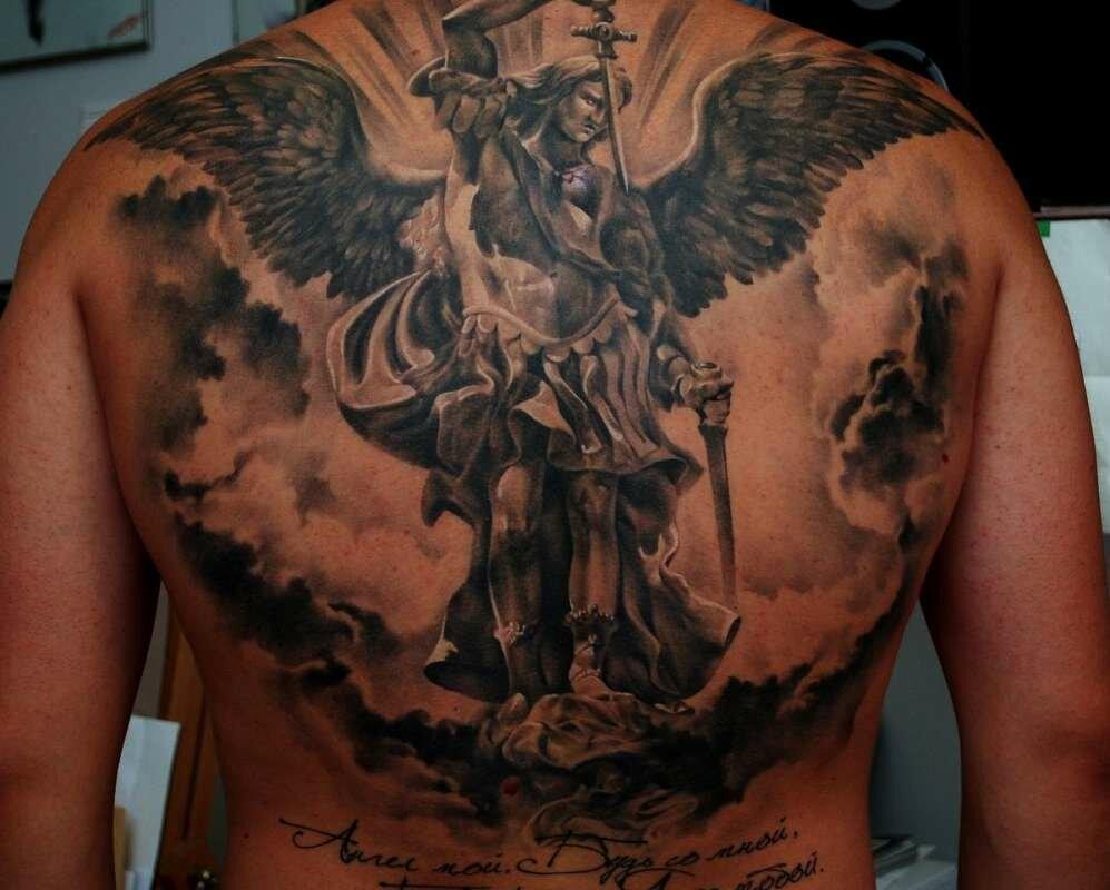 Тату ангелов на спине мужские фото