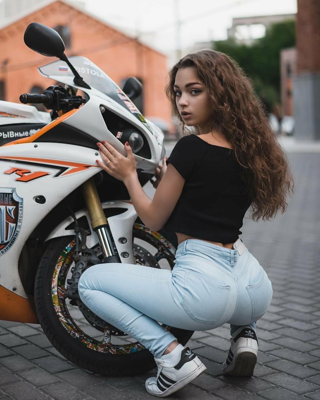Мотоциклы с девушками картинки
