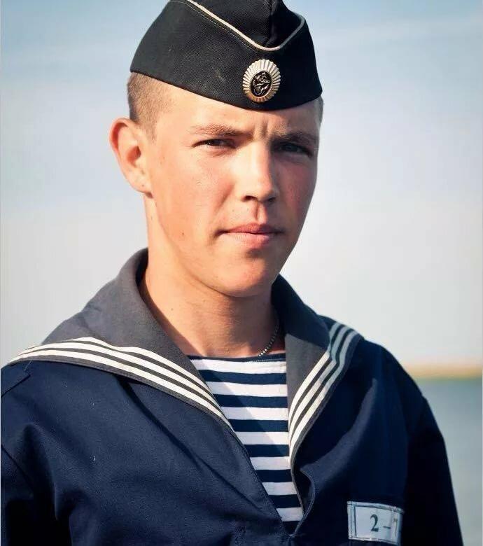 картинки военной формы моряк