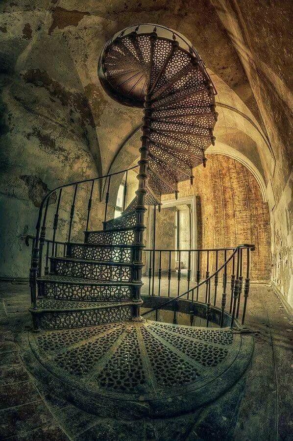 старинные лестницы картинки дворе желательно