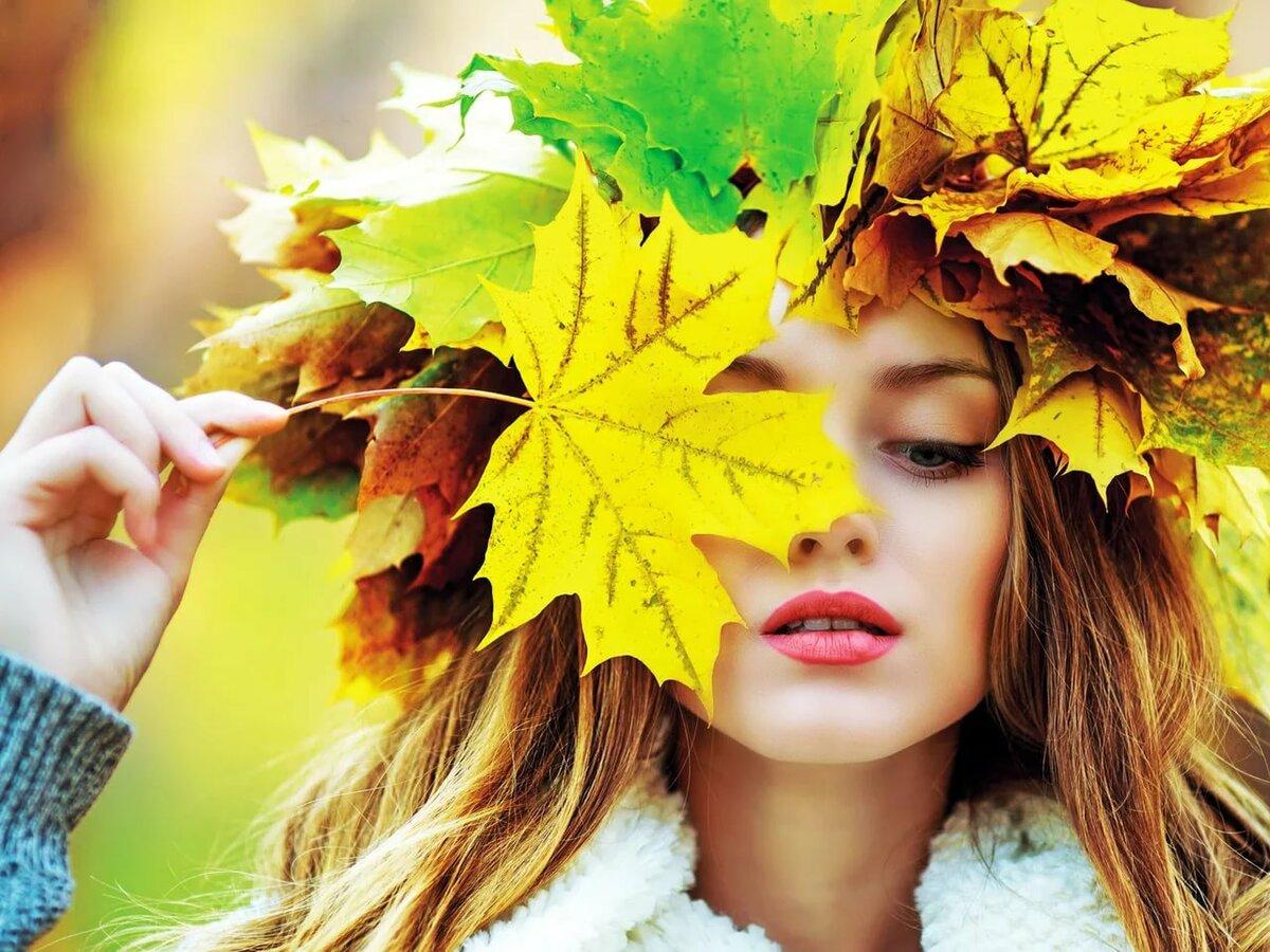 Картинка осень листья девушка