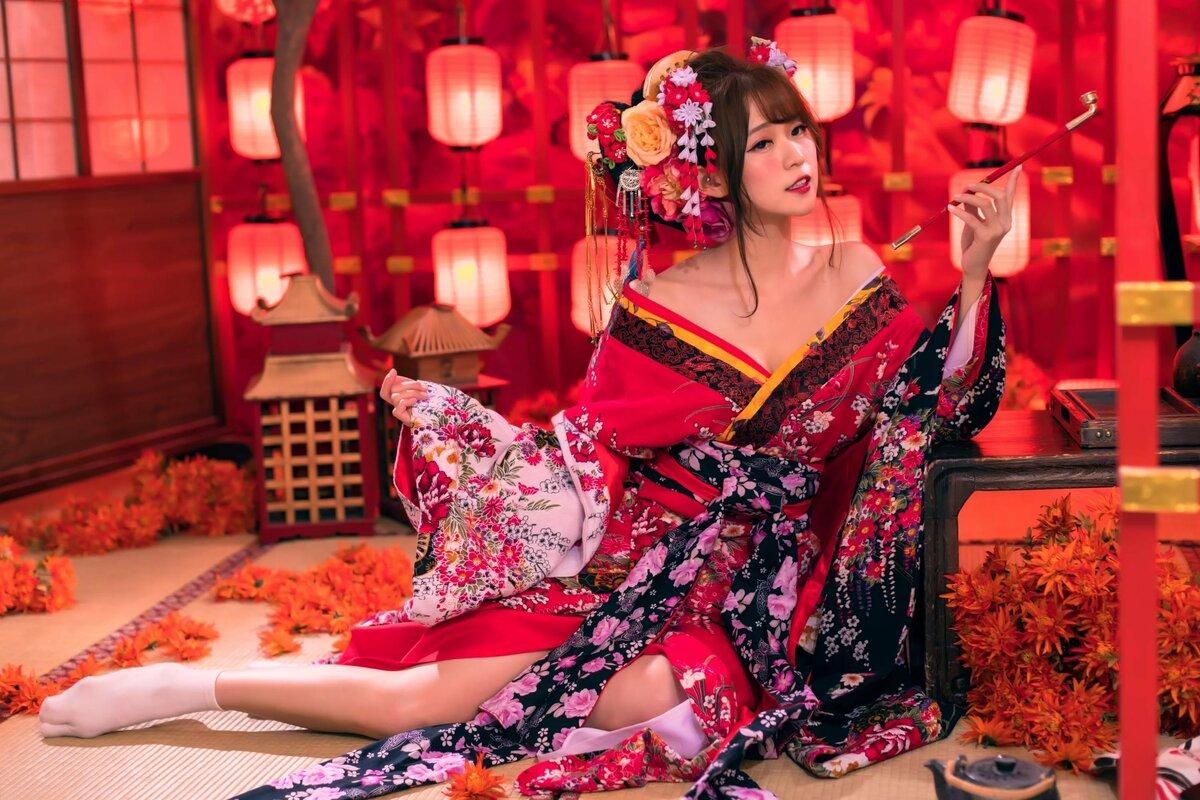 Женщина в кимоно картинки