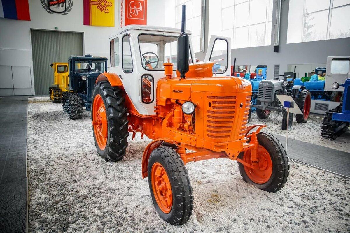 торжественной картинки тракторов и их салоны чем именно