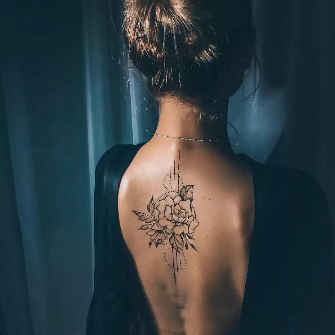 Женские татуировки спине картинки