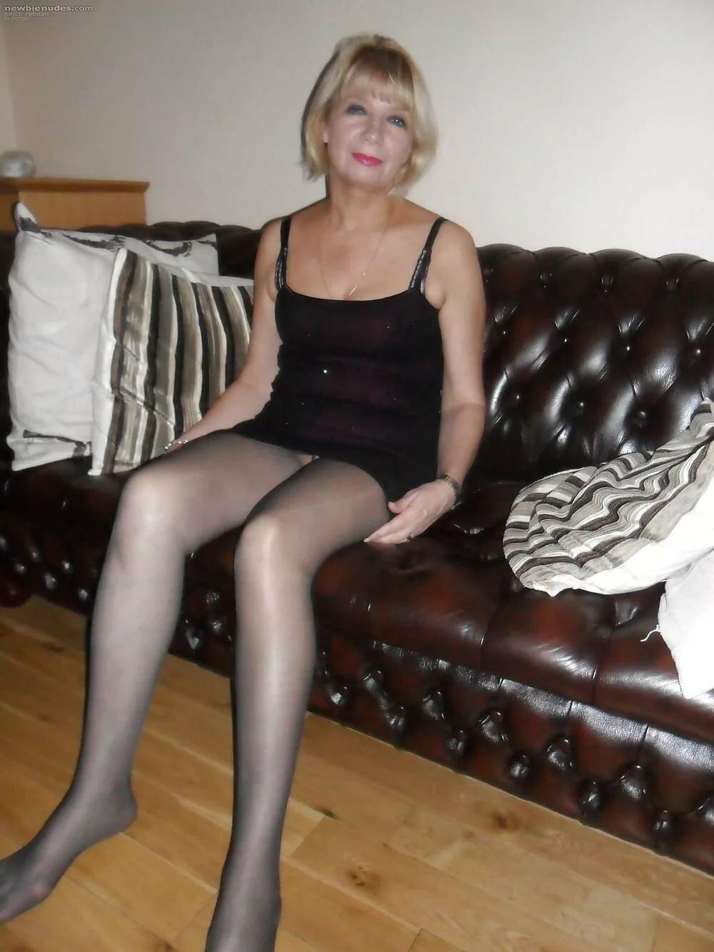 Older sex in pantyhose