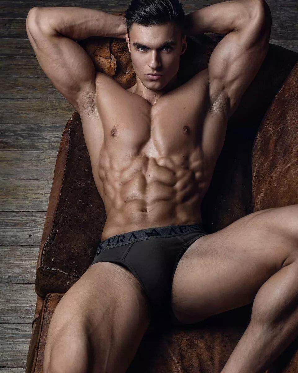 beauty-naked-guy-impact-wrestling-knockouts-nude