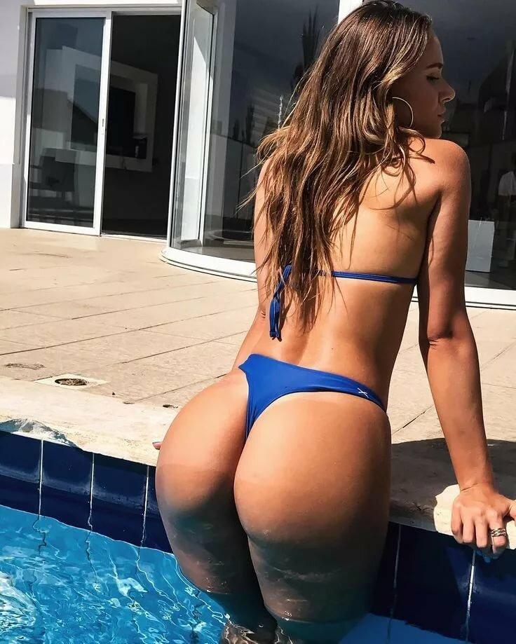 Women hot naked ass