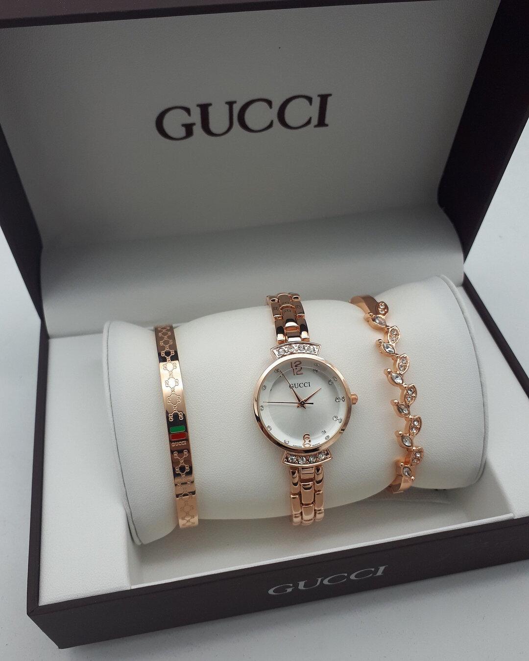 Часы Gucci с браслетами в Новомосковске