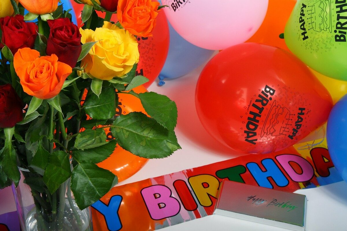 причине того, картинка с днем рождения с цветами и шарами отец владел