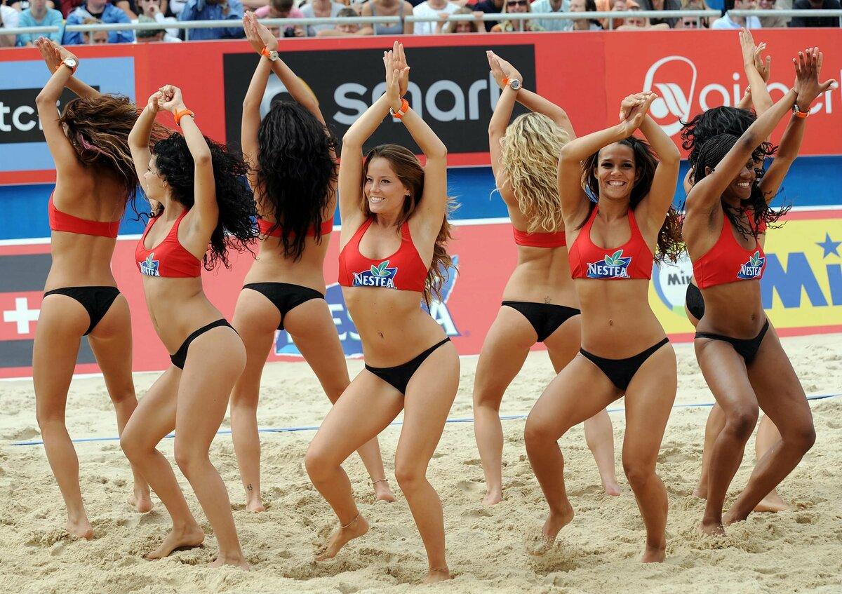 Лучшие фотографии пляжных волейболисток