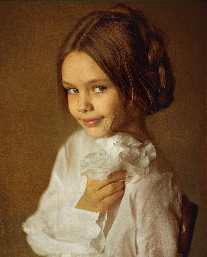 красивый художественный фотопортрет в москве кому