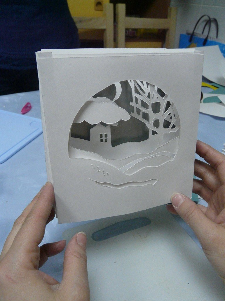 как сделать открытку бумажный туннель на рождество можете