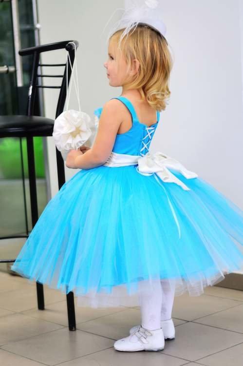 нарядное платье с юбкой из фатина для девочки