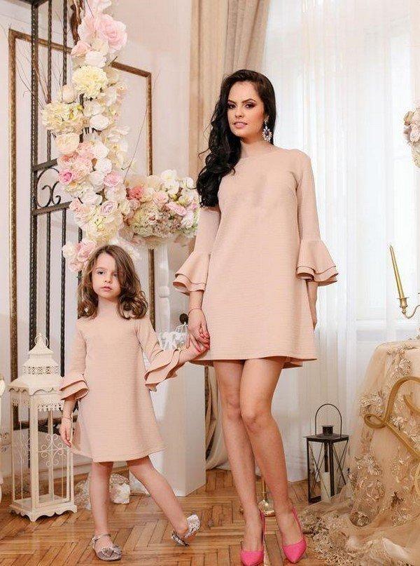 Идеи платья для мамы и дочки