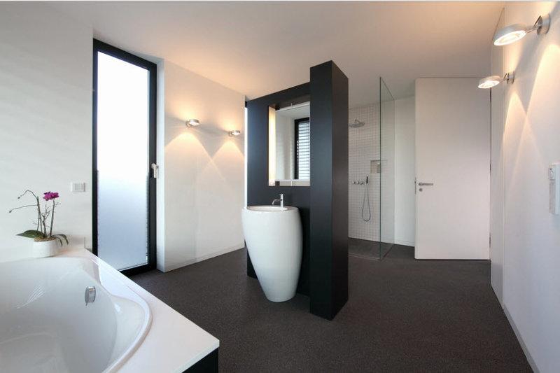 Современные варианты освещение в ванной комнате: светильники, бра и люстры на фото