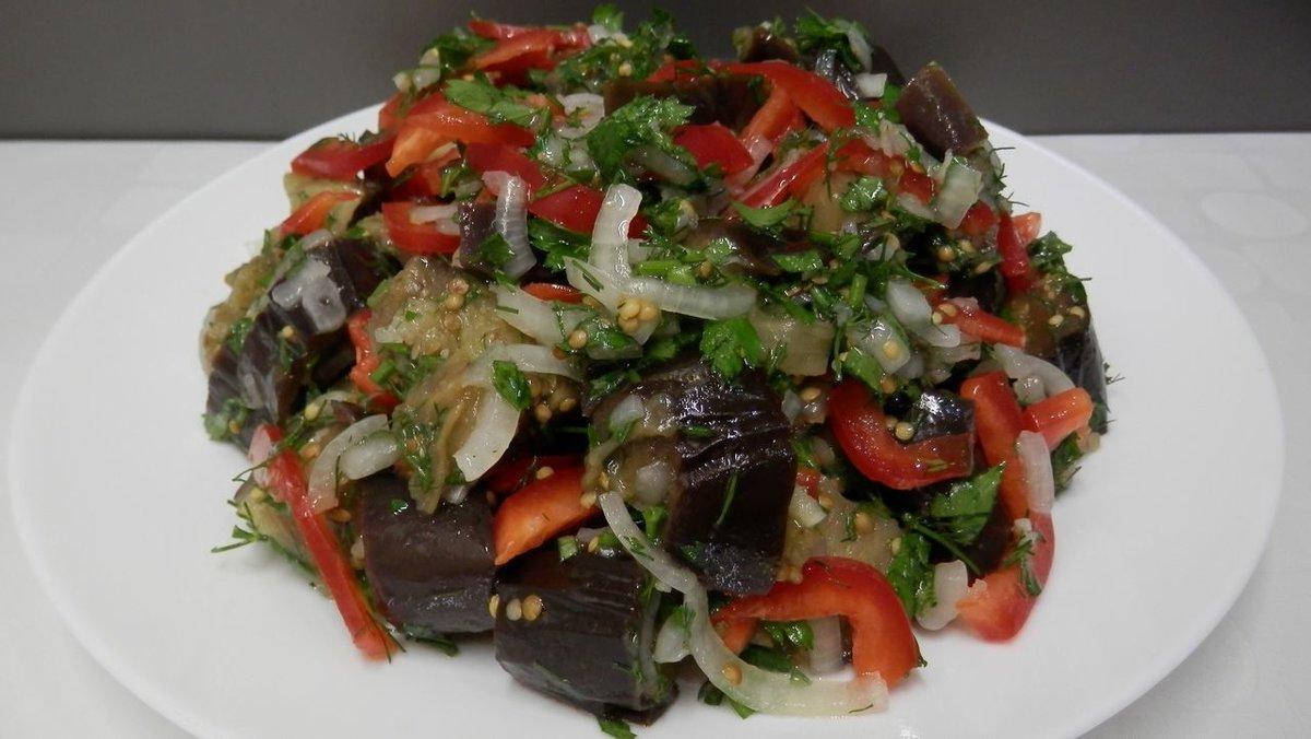 Сегодня у нас большая и очень вкусная подборка: 10 простых и вкусных салатов без майонеза на праздничный стол.