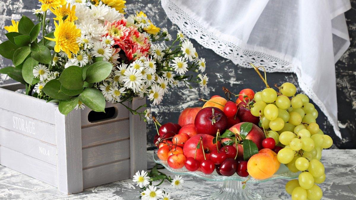 Сделать бумажные, красивые открытки с фруктами и цветами