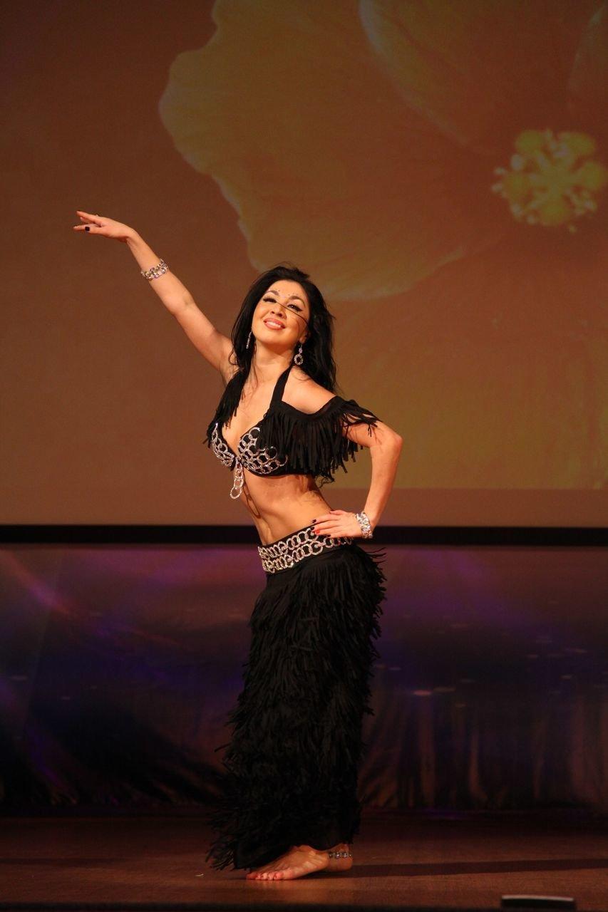 Арабские танцы видео кажется