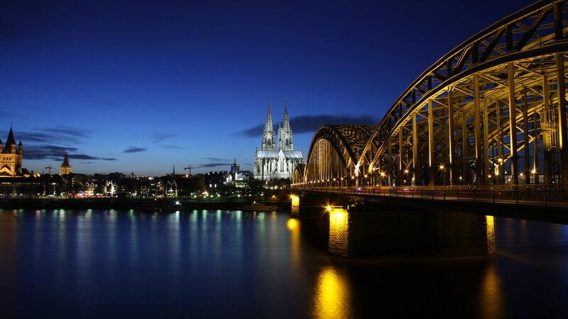 Германия ночь, размер: 1366x768 пикселей