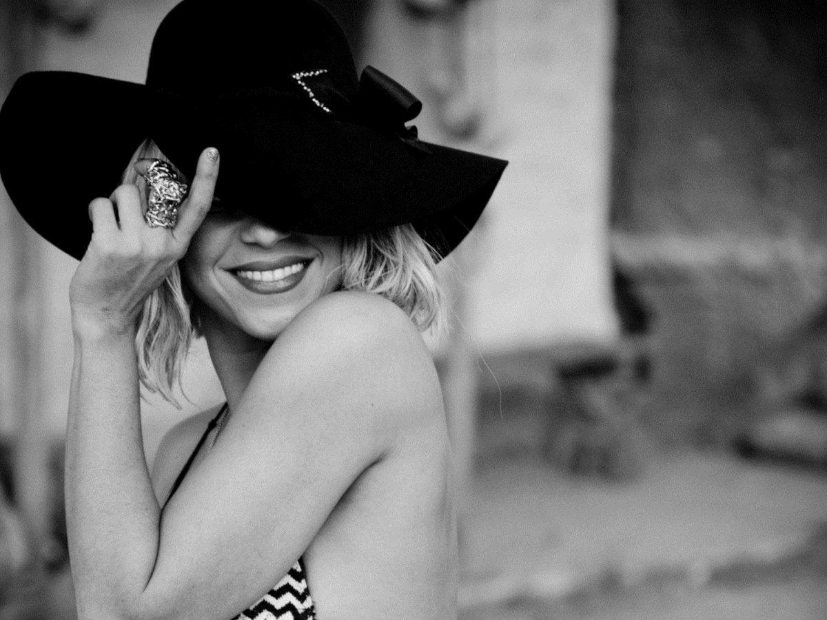 шапочки на девочек схемы и описания фото