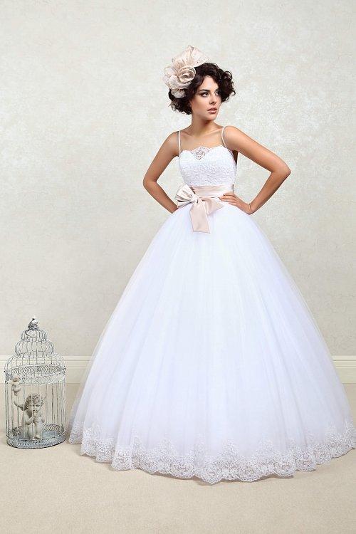 0ac1b45b4a9 ... Пышное свадебное платье Янина Tatiana Kaplun Фото других пышных платьев  невесты можете посмотреть на сайте https