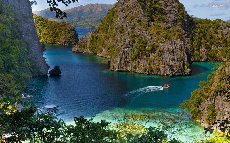 Природа Филиппин- скалы, горы