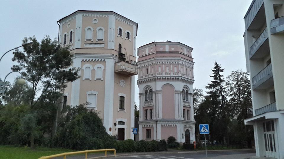 Водонапорные башни кася и бася