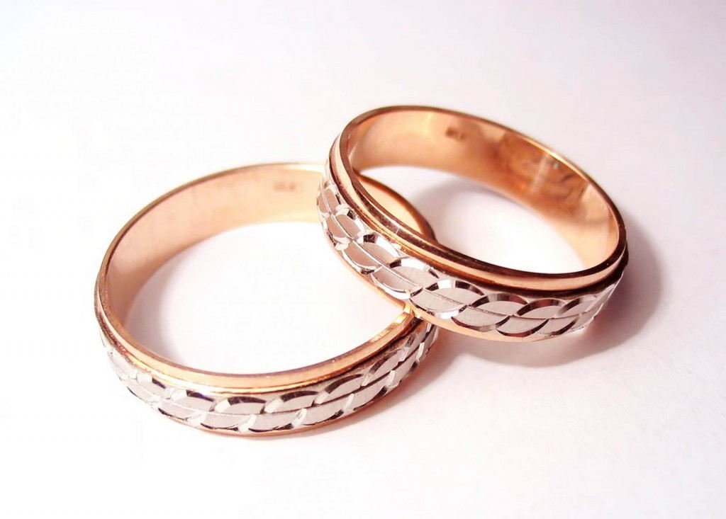 Днем, картинки обручальные кольца пара