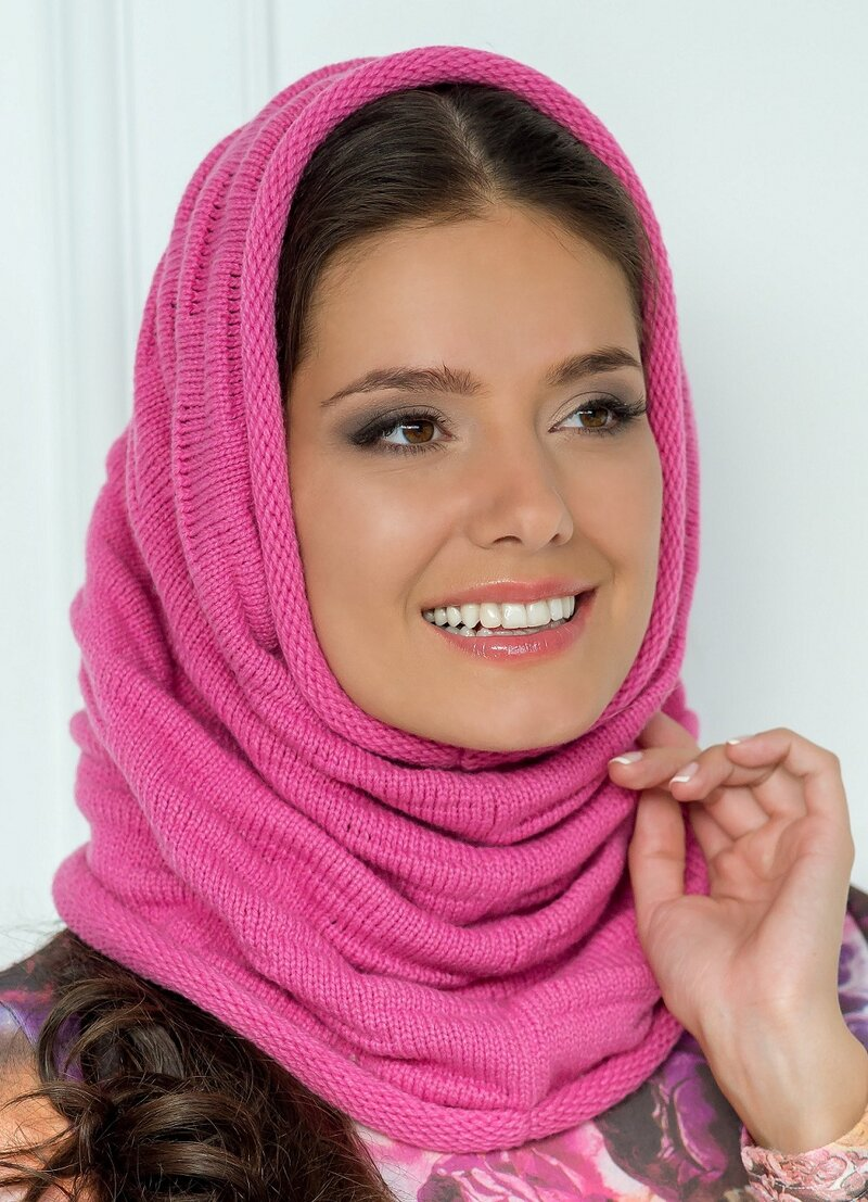 Шарф-капюшон - это надежная защита от холода и ветра в осенне-зимний период