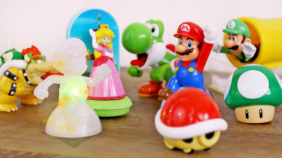 Сегодня 1 июля, и макдональдс наконец-то определился с игрушками для любителей хеппи мил.