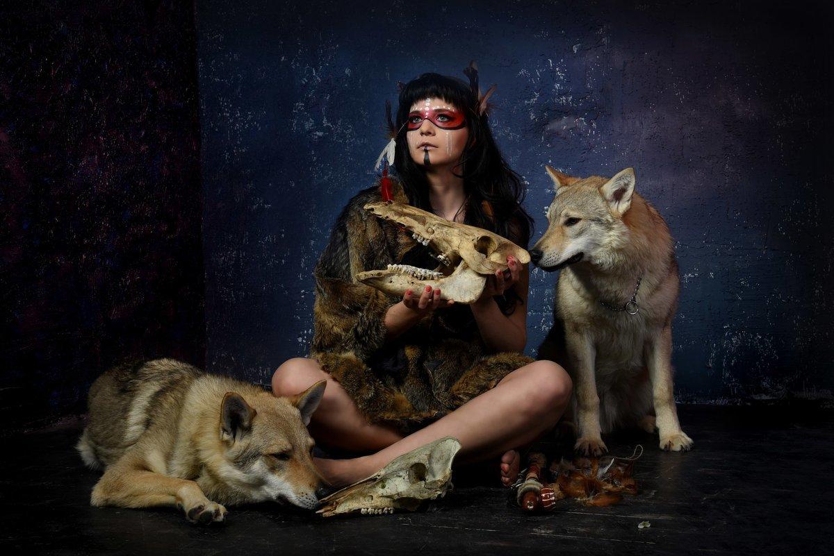 фотосессия с волками в москве сделан пирсинг ямочках