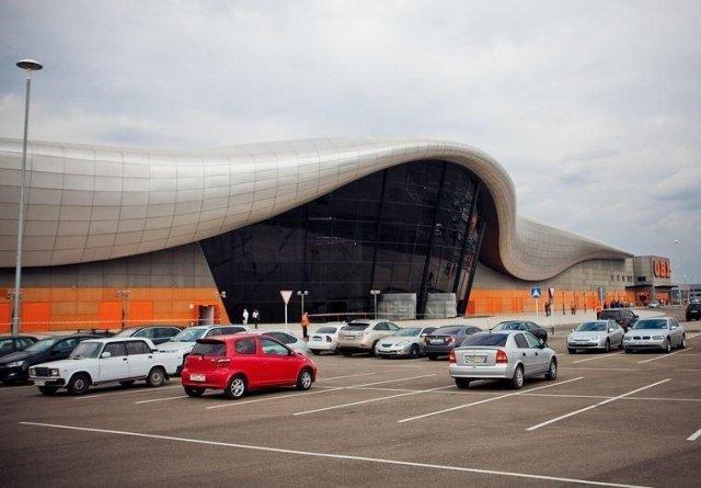 крупный торговый центр на Юге России