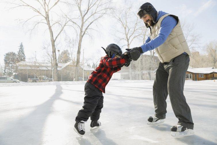 картинка на коньках учимся приложения существуют