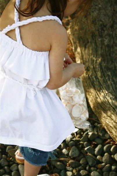 Платье для девочки из футболки. Одежда для детей своими руками. Элементарный мастер класс. А как красиво смотрится на ребенке!