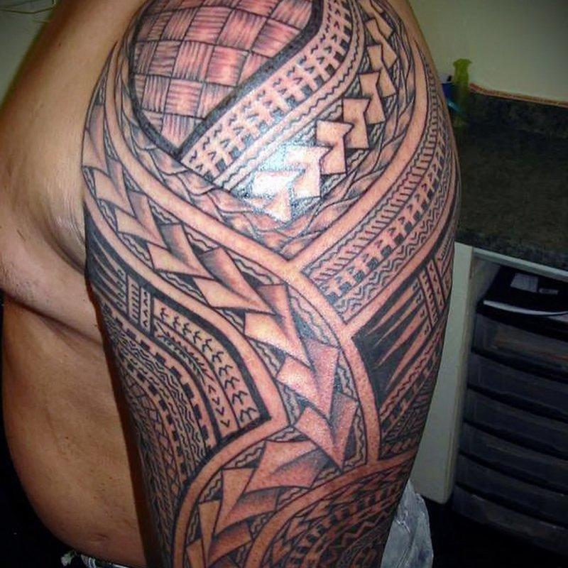 Раздел вмещает в себя большое количество фотоматериалов по теме тату на плече мужские. Здесь вы можете увидеть татуировки на плече разных стилей и размеров.
