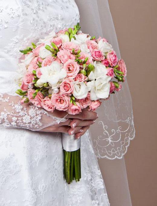 Если вы хотите, чтобы ваш букет невесты был из кустовых роз